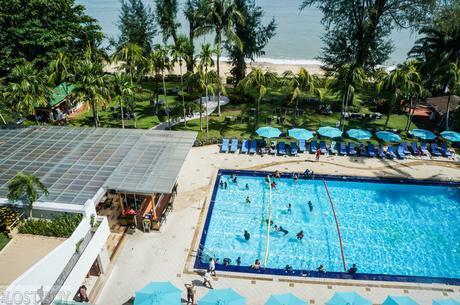 Holiday Inn Resort Penang: A Nice Beach Escape in Batu Ferringhi