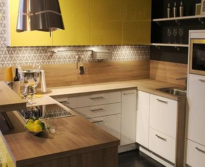 5 Easy Ways to Make Your Small Kitchen Feel Bigger2