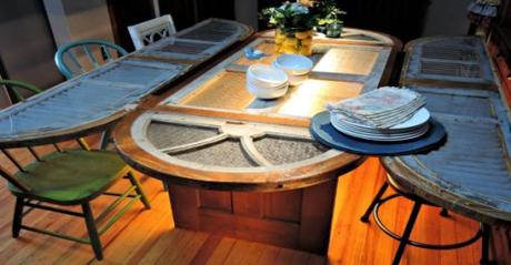 Old Windows Transformed Into a Coffee Table