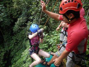 Costa-Rica-Waterfall-Rapelling (1)