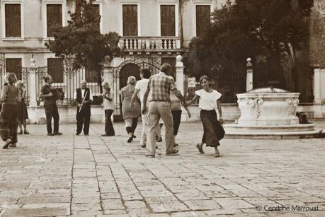 Folks dancing (Reminigram + digital drawing)