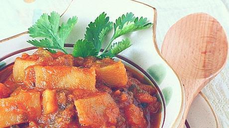 Paleo Indian Vegetarian Recipe - Sweet Potato And Tomato Curry