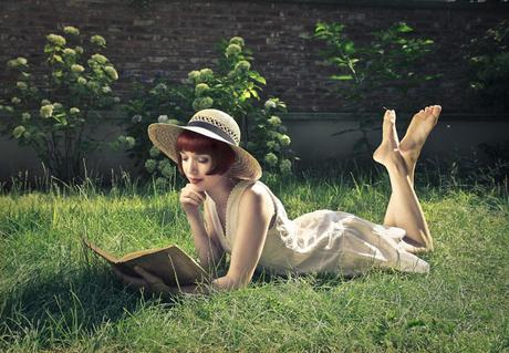 SUMMER READING LIST: 5 GREAT BOOKS TO READ THIS SUMMER