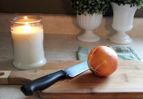How To Chop An Onion Without Crying , 6 Tested Ways