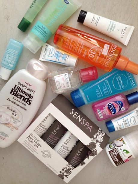 Travel Preparation 101: What's In My Makeup Bag?