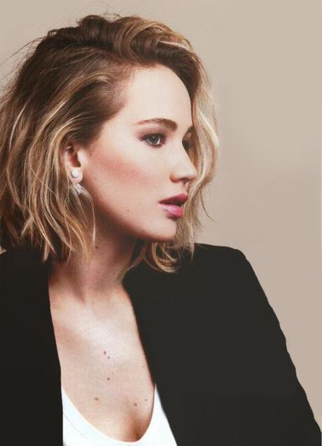 Jennifer Lawrence Short Wavy Hairstyle