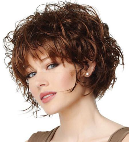 Shabby Curly Bob Hairstyle