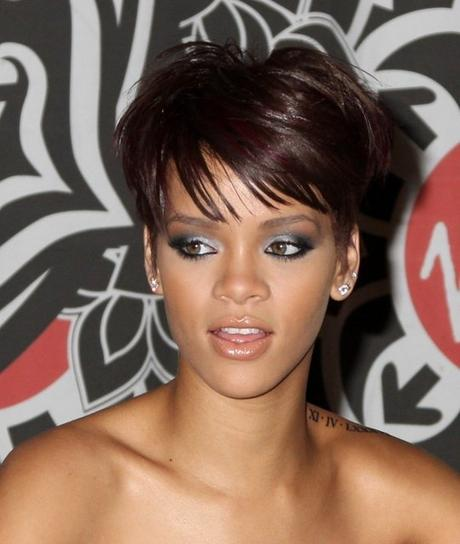 Trendy and Quirky of Rihanna's Short Hairstyles Paperblog