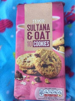 Today's Review: Tesco Sultana & Oat Cookies