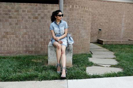 HOW TO WEAR A DENIM ROMPER