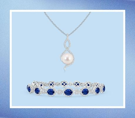 Jewelry-Gifts-for-Mom