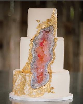 New Wedding Cake Trend: Geode Cakes