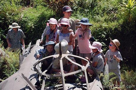Boat kids e.Exploring WWII wrecks: Rabaul, PNG, 2012