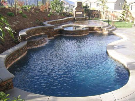 Popular And Best Pools For Small Backyards