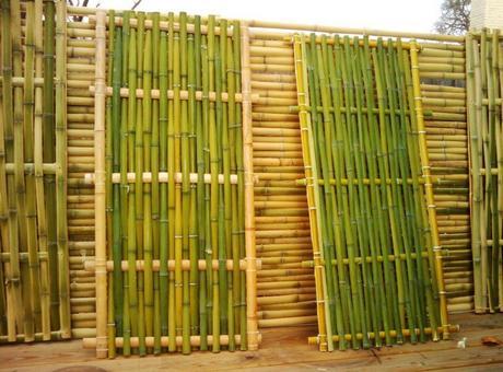 Hang A Diy Bamboo Fence On Balcony