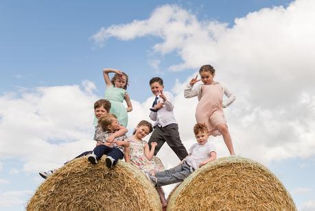 kids at a rustic wedding