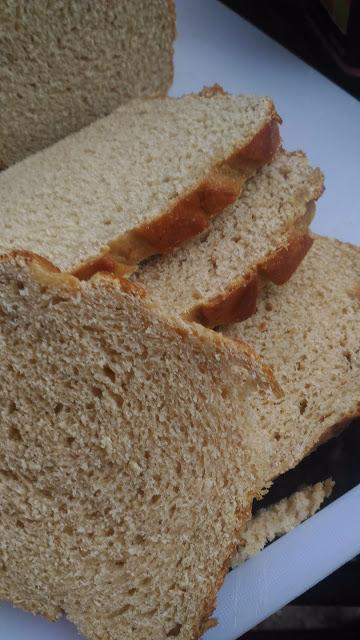 100% Atta Bread , Wholewheat bread -Egg free and Dairy free