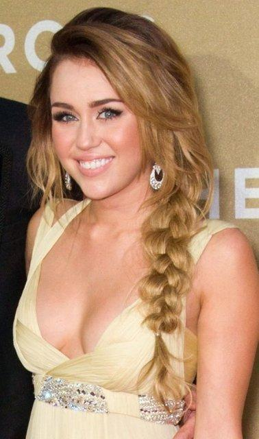 Miley Cyrus Loose side plaits hairstyle
