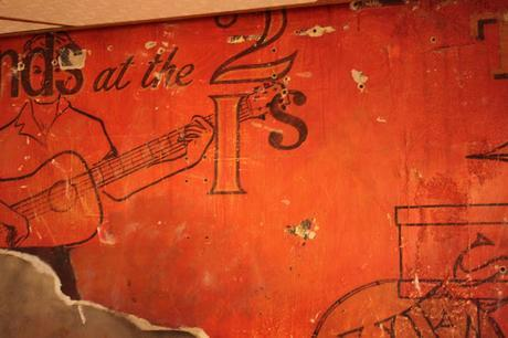 Friday is Rock'n'Roll #London Day: #Soho Archaeology @popsfishnchips