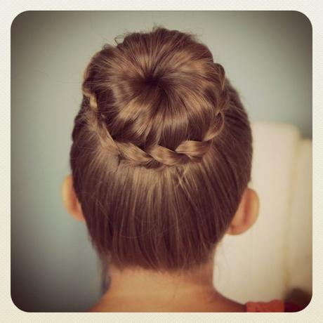 simple and cute back to school hairstyle ideas for girls