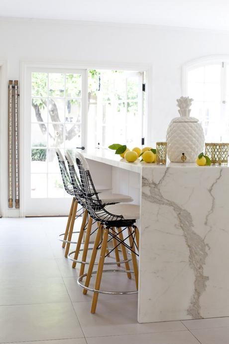 Calacutta Marble-Like Quartz Countertops