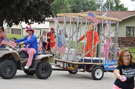 Hillary For Prison float, Arcadia, Iowa, June 30, 2016