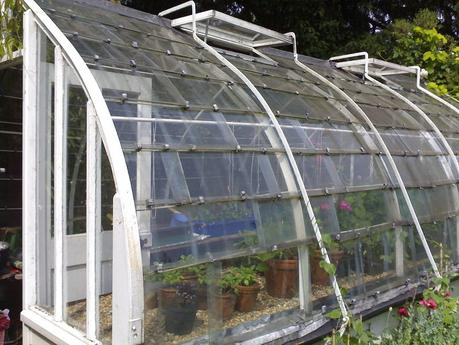 Glass Greenhouse Kits Without Heating