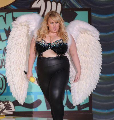 Dünner Teenagerarsch Rebell Wilson Bikini sabrok
