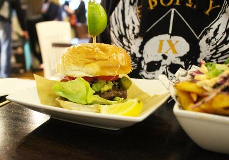 photo Handmade Burger Co Leicester 2_zpsgxyhxbxr.jpg