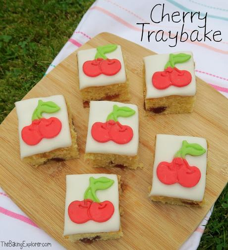 Cherry Traybake & Bake Box 4 Unboxing