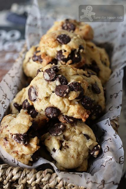 Melt-in-your-mouth Chocolate Chip Cookies - The Overnight Dough Method