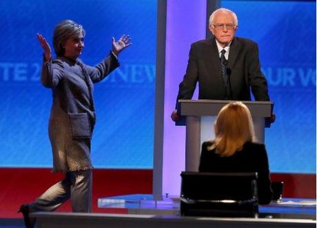 Hillary Clinton returns to NH debate after unexplained absence
