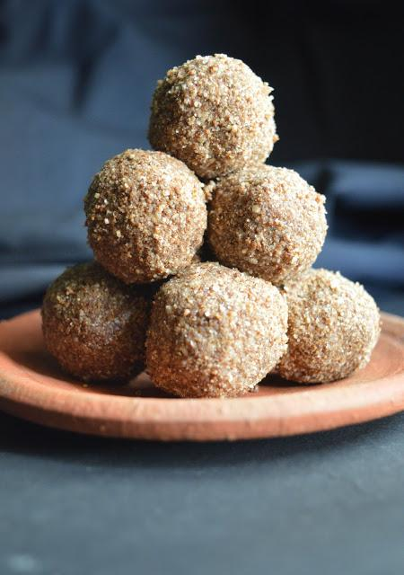 Sesame & Beaten rice Balls | Ellu & Aval Laddu with Coconut sugar | Diabetic friendly Recipe | Low GI index sweet