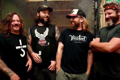 Boston Riff-Masters, Roadsaw, Sign World-Wide Deal with Ripple Music - New Album out Early 2017