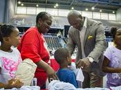 Emmitt Smith Charities Belk Host Back-To-School Shopping Experience Underserved Dallas Students