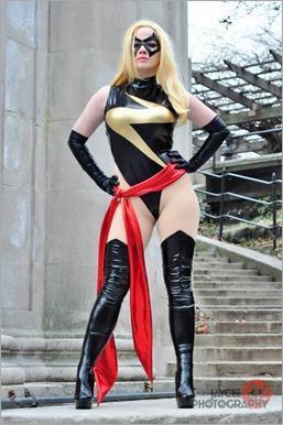 Elena Blueskies Cosplay as Ms Marvel (Photo by Jaycee Estrella Photography)