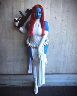Elena Blueskies Cosplay as Mystique