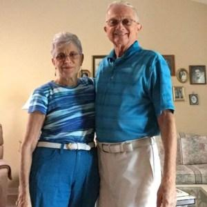 Grandparents From Washington Matching Clothes Since 52 Years