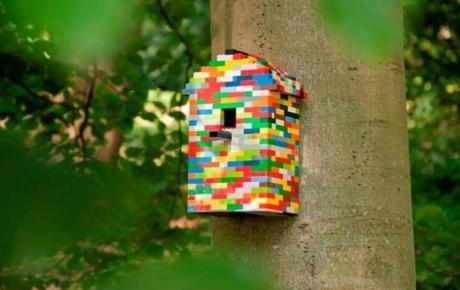 Birdhouse Made From LEGO