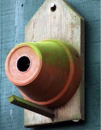 Birdhouse Made From a Plant Pot