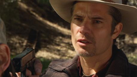 Raylan draws his Glock to administer justice in