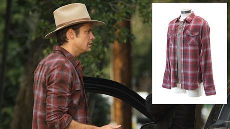 Raylan's red-and-gray plaid flannel shirt as auctioned by ScreenBid (inset) exactly matches the one he wore in