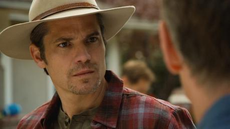 Justified – Raylan's Layered Flannel and Brown Henley