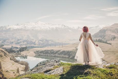 Water & Wind. Ethereal Wedding Inspiration