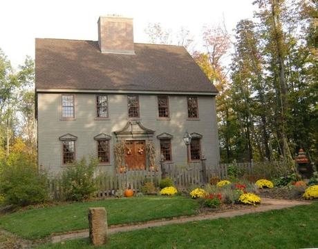 Early american colonial interiors that we could still live Custom colonial homes