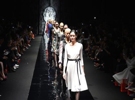 What Is The Hullabaloo About Singapore Fashion Week 2016?