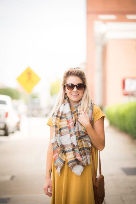 Fall vibin' with Carly from LuLaRoe; dress her up or dress her down! Tie in a knot or leave it long and flowing. This color is perfect for fall and so easy to accessorize!