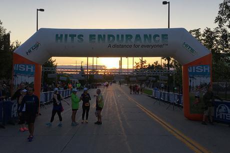 Omaha Marathon 2016 start line