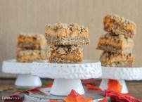 Pumpkin Cheesecake Crumb Bars