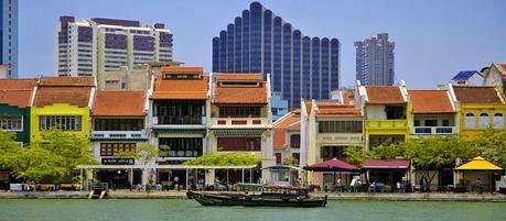 Tour the majestic Singapore